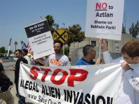 Arizonal Illegal Immigration Law Makes Illegal Aliens Leave